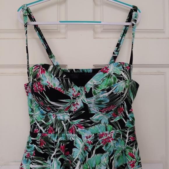 torrid Other - Torrid swim suit top size 2